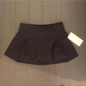 Lululemon lost in pace skirt - size 8 NWT